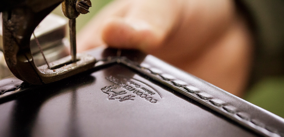 「コードバン」はイギリス紳士を魅了して来た気品あふれるココマイスター人気の皮革